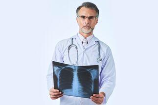 Как лечили туберкулез раньше и как борются с ним сейчас? От молока и морских прогулок до химиотерапии и БЦЖ