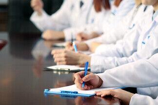 54 спикера и 500 участников: медуправленцев приглашают на форум «Конкуренция в медицине»