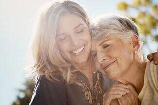 Кто кому что должен? Психотерапевт — об отношениях взрослых детей и их родителей